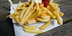Pommes_Rot_Weiss_45497645
