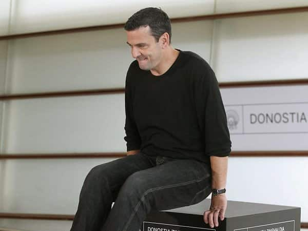 Christian Petzold fit in San Sebastián.